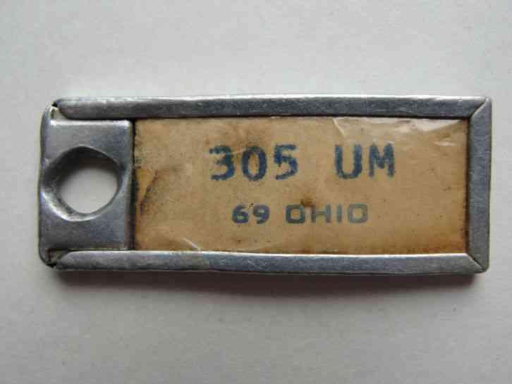 1969 ohio dav key chain license plate tag run of same. Black Bedroom Furniture Sets. Home Design Ideas