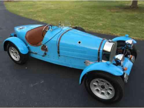 bugatti veyron right hand drive ferrari ff by kahn automobiles afzal kahn bugatti veyron 16 4. Black Bedroom Furniture Sets. Home Design Ideas