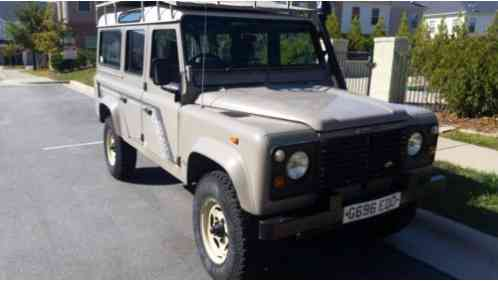 Land Rover Defender County (1980)