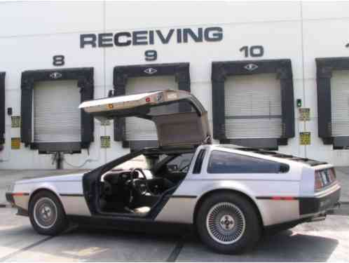DeLorean DMC-12 Stainless Steel (1981)