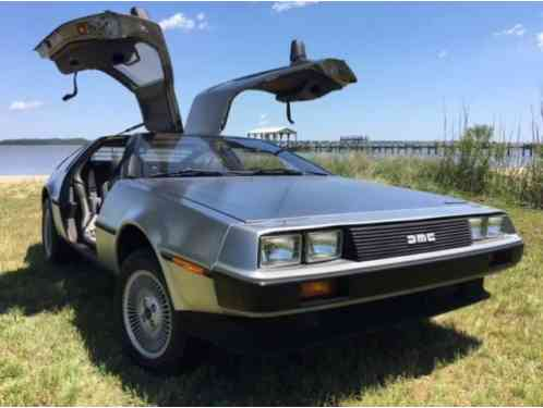 1982 DeLorean Coupe