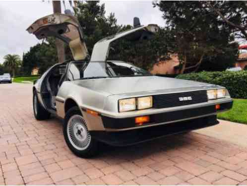 DeLorean DMC12 (1982)
