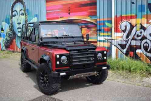 Land Rover Defender (1990)