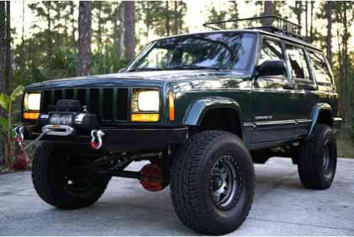Jeep Cherokee Limited Sport Utility (1999)