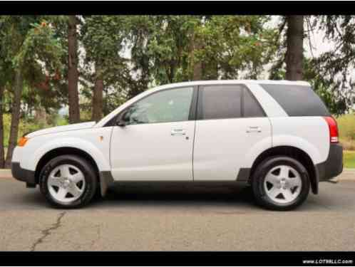 saturn vue 2004 awd leather cold weather pkg moon roof white awd. Black Bedroom Furniture Sets. Home Design Ideas