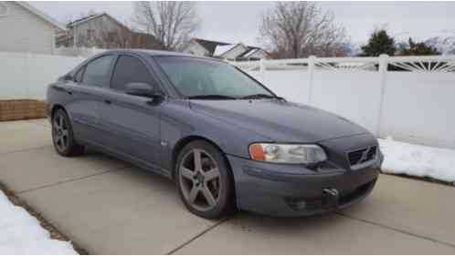 volvo s60 r 2004 fo sale is a m66 in titanium gey exteio and the sought. Black Bedroom Furniture Sets. Home Design Ideas