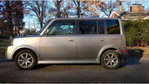 Scion xB (2005)