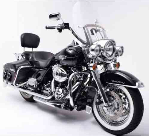 2013 HARLEY-DAVIDSON ROAD KING CLASSIC --