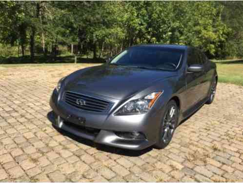 infiniti g37 ipl 2013 excellent condition inside and out very few. Black Bedroom Furniture Sets. Home Design Ideas