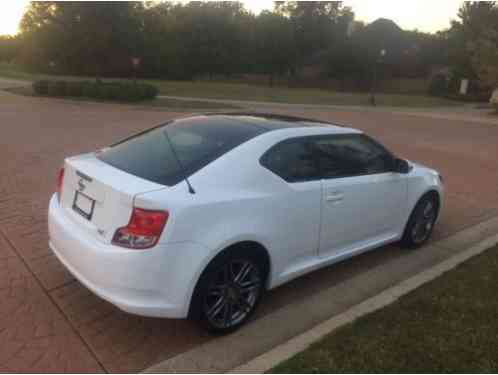 scion tc 2013 in very good condition car is clean inside and out and. Black Bedroom Furniture Sets. Home Design Ideas