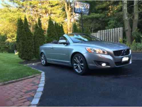 volvo c70 platinum 2013 a well equipped t5 folding hardtop convertible. Black Bedroom Furniture Sets. Home Design Ideas