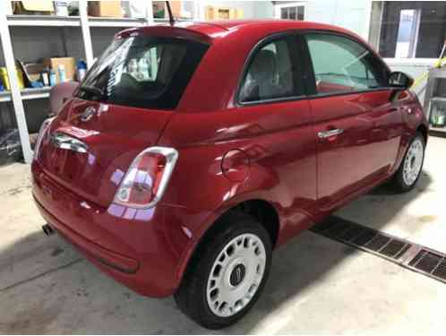 fiat 500 pop 2015 runs and drives like new everything works and runs. Black Bedroom Furniture Sets. Home Design Ideas
