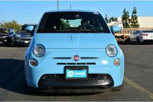 fiat 500e 2dr hatchback battery electric 2015 1 of 12 view all images. Black Bedroom Furniture Sets. Home Design Ideas
