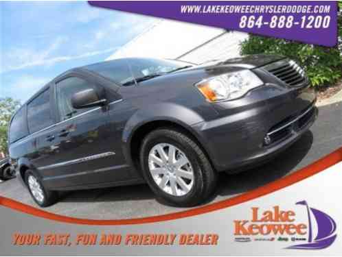 Chrysler Town & Country Touring (2016)