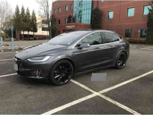 tesla model x 90d 2016 features include dual motor awdmidnight silver. Black Bedroom Furniture Sets. Home Design Ideas