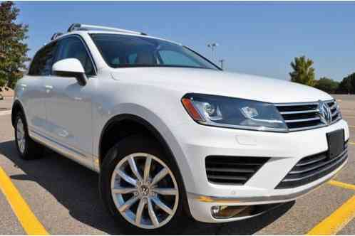 Volkswagen Touareg AWD SPORT WITH (2016)