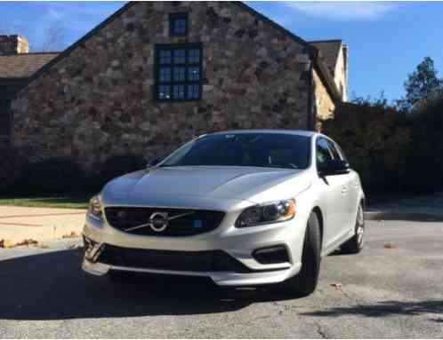 volvo s60 polestar wagon v60 2016 gorgeous silver with silky smooth. Black Bedroom Furniture Sets. Home Design Ideas