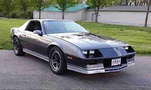 chevrolet camaro 1982 z28 73 000 original miles 305. Black Bedroom Furniture Sets. Home Design Ideas