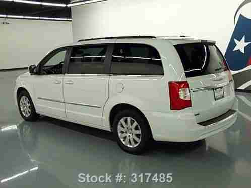 chrysler town country touring stow n go dvd 38k 2014 coditio guaratee. Black Bedroom Furniture Sets. Home Design Ideas