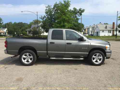 dodge ram 2500 2001 up for sale is a beautiful 2nd gen cummins this. Black Bedroom Furniture Sets. Home Design Ideas