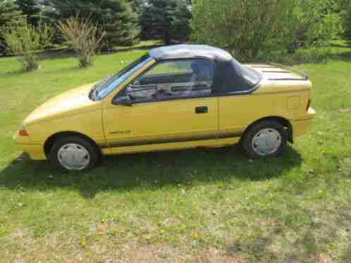 Geo Metro LSI Convertible 1993, Selling a with Automatic ...