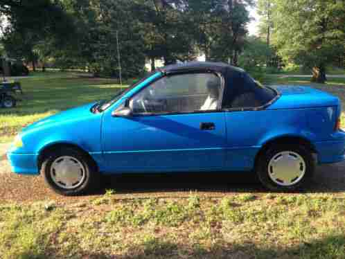 Geo Metro 1992, This vehicle has been partially restored ...