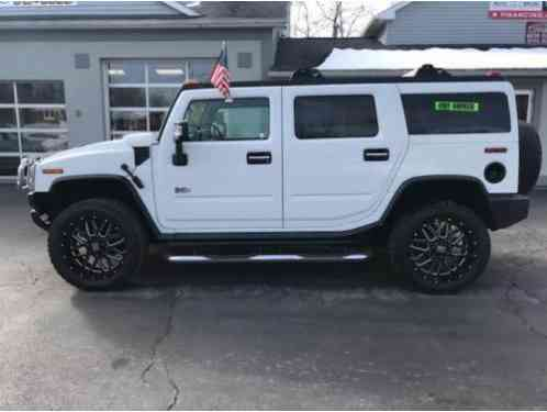 Hummer H2 Lux Series 4WD 4dr SUV (2005)