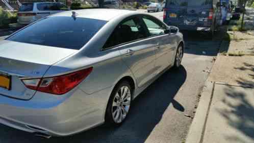 Hyundai Sonata 2011 2 0t Limited Fully Loaded 84 000