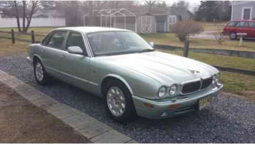 jaguar xj8 1998 this vehicle is fully loaded with heated front and rear. Black Bedroom Furniture Sets. Home Design Ideas