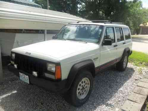 jeep cherokee 1996 sport with 133 000 miles new front