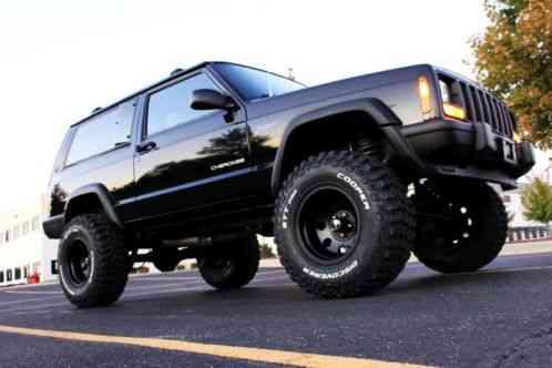jeep cherokee black lifted 2 door xj sport 4 0 4x4 105k miles 1998 l. Black Bedroom Furniture Sets. Home Design Ideas