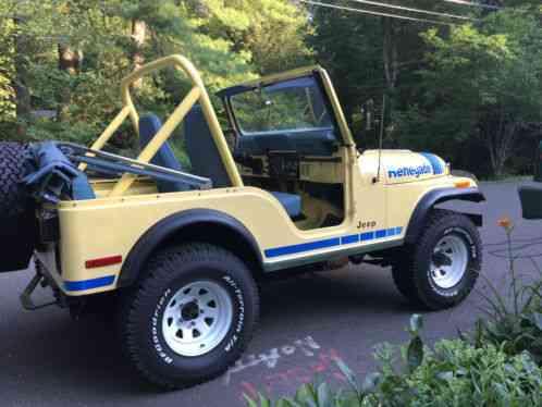 jeep cj   renegaderare color saxon yellow  original renegade