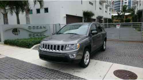 jeep grand cherokee 2004 i have a laredo up for sale it. Black Bedroom Furniture Sets. Home Design Ideas