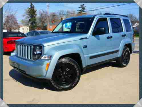 jeep liberty 2012 please read and review the entire listing 3 7l v6awd. Black Bedroom Furniture Sets. Home Design Ideas