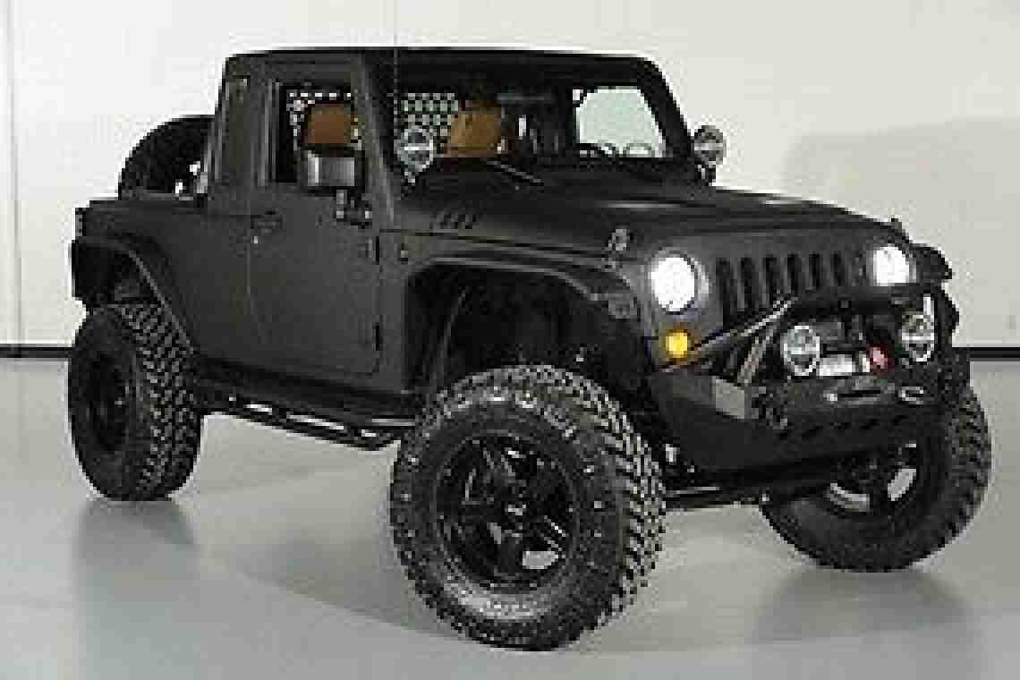 jeep wrangler jk8 2012 conversion auto 11 300 miles. Black Bedroom Furniture Sets. Home Design Ideas