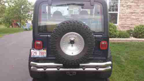 jeep wrangler 1997 5 speed manual with 2 lift kit 4 wheel drive this. Black Bedroom Furniture Sets. Home Design Ideas