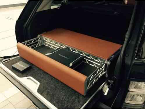 land rover range rover holland holland edition lwb 2016 please note. Black Bedroom Furniture Sets. Home Design Ideas