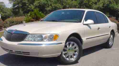 lincoln town car 2007 i bought this two years ago i m the second. Black Bedroom Furniture Sets. Home Design Ideas