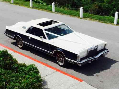 Lincoln Continental Mark V Bill Blass Designer Edition