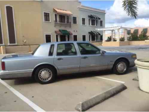 lincoln town car 1997 this is a special offer for ebay. Black Bedroom Furniture Sets. Home Design Ideas
