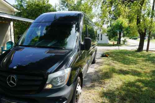 Mercedes Benz Sprinter 3500 2014 Mercedes 100k Miles 5