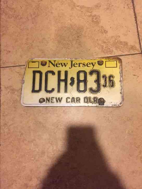 Vehicle History Report by License Plate Number | AutoCheck.com