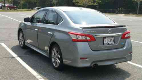nissan sentra sr 2013 great car with great gas mileage it averages 35. Black Bedroom Furniture Sets. Home Design Ideas