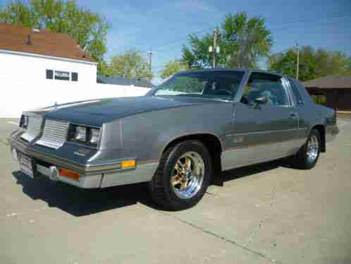 Oldsmobile 442 salon 1985 up for sale is a cutlass it for 1985 cutlass salon for sale