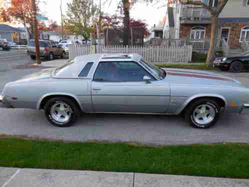 Oldsmobile cutlass salon 1976 up for sale is my i for 1976 cutlass salon for sale