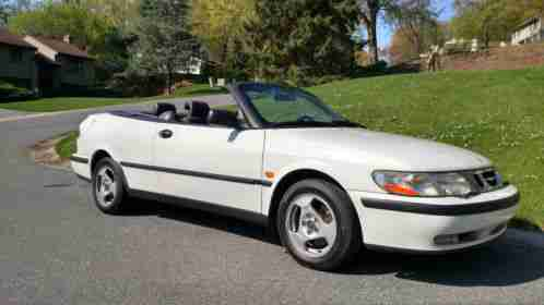 saab 9 3 1999 enthusiast owned and cared for convertible for sale. Black Bedroom Furniture Sets. Home Design Ideas
