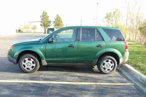 saturn vue 2004 auction is for a vehicle runs great transmission is. Black Bedroom Furniture Sets. Home Design Ideas