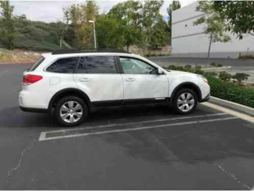 subaru outback 2011 vehicle is in very good condition very minor wear. Black Bedroom Furniture Sets. Home Design Ideas