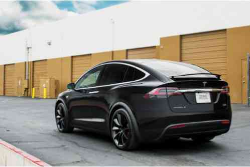tesla model x p90d 2016 just delivered to me in phoeni only has 450. Black Bedroom Furniture Sets. Home Design Ideas