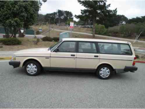 Volvo 240 240 Station Wagon Tan In Color 1989 This Is A